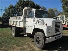 1974 Ford L800 S/A Dump Truck