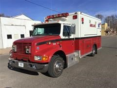 1999 International 4700 Navistar Medtec Ambulance