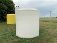 2600 Gallon Poly Storage Tank