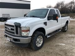 2008 Ford F350 Super Duty Extended Cab 4X4 Pickup