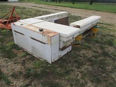 Delta L-125 Fuel Tank & Tool Boxes