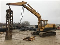 1976 Caterpillar 225 Hydraulic Excavator W/ Drop Hammer