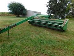 John Deere 1600 Pull-Type Windrower