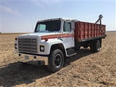 1979 International 1724 S/A Grain Truck W/Drill Fill Auger