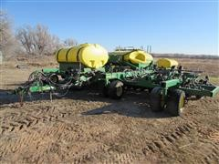 2005 John Deere 1890 CCS 30' Air Seeder