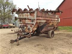 Botec 365 Feed Wagon