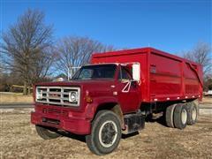 1982 GMC 6500 T/A Grain Truck