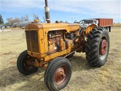 Minneapolis-Moline G 2WD Tractor