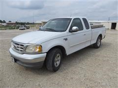 2000 Ford F150XLT 2WD Extended Cab Pickup