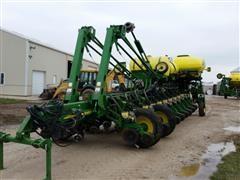 2009 John Deere 1770NT 24R30 Planter