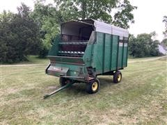 Badger 1416 Forage Wagon