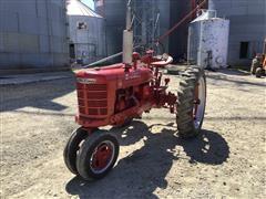 1952 International Farmall H 2WD Tractor