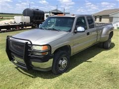 2001 GMC 3500 4x4 Extended Cab Pickup