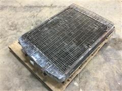 Allis 670/3700 Radiator