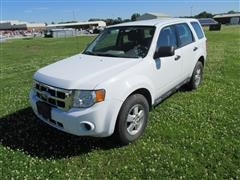 2010 Ford Escape XLS SUV, 4X4