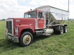 1983 International TranStar F4370 T/A Fertilizer Tender Truck