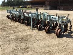 2005 Orthman 1tRIPr Strip-Tillage Machine