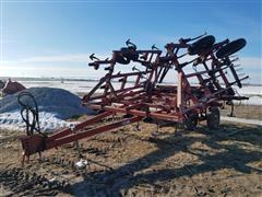 Case IH 4600 Field Cultivator