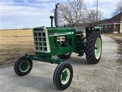 1960 Oliver 1800A Checkerboard 2WD Tractor