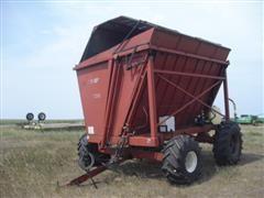 Richardton 700 Side Dump Wagon