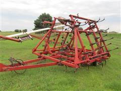1995 Case IH 4600 Cultivator