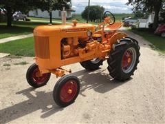 1953 Minneapolis-Moline BG 2WD Tractor