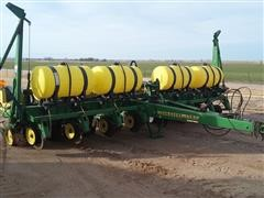 1999 John Deere 1750 8 Row Planter