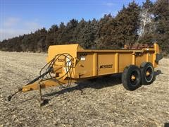 2001 Knight 1040 Manure Spreader