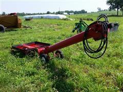 Buhler Farm King Y810H Hydraulic Incline Auger