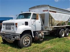 1974 GMC 9500 T/A Seed Truck