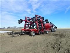 Case IH SDX 30 Air Seeder W/Case IH 2300 Pull Behind Cart