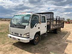 2007 Isuzu NPR COE S/A Crew Cab Flatbed Truck W/Dovetail & Ramps
