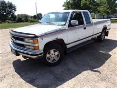 1994 Chevrolet 1500 4x4 Extended Cab Pickup