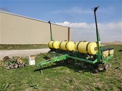"1997 John Deere 7200 MaxEmerge 2 6R30"" Planter"
