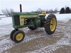 1958 John Deere 620 2WD Tractor