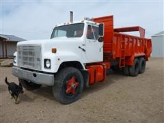 1980 International F-2575 T/A Manure Spreader Truck