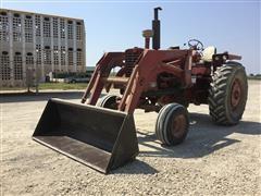 Farmall 1026 2WD Tractor W/Loader