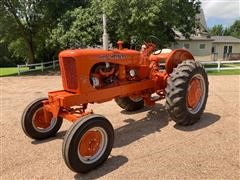 1954 Allis-Chalmers WD45 2WD Tractor W/Plow And Blade