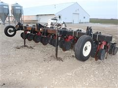 Moore-Built Strip-Cat 8-Row Strip-Till Fertilizer Applicator