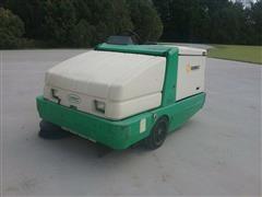 Tennant 6600 Sweeper Vac