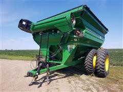 J&M 1075-22 Grain Cart