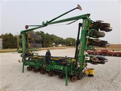 John Deere 1710 12R30 MaxEmerge Plus Planter