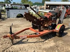 2013 DitchWitch RT16 Self-Propelled Tracked Trencher W/Trailer