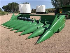"2009 John Deere 608C 8R30"" Corn Head"