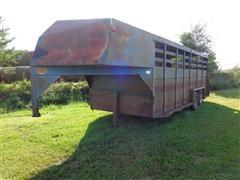 1971 Hillsboro 7x20 T/A Gooseneck Livestock Trailer
