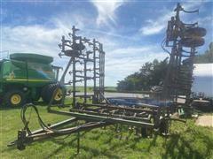 John Deere Bi-Fold Field Cultivator