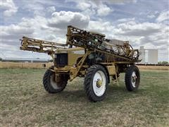 Ag-Chem RoGator 1254 Self Propelled Sprayer