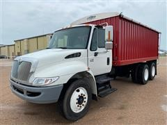 2005 International 4300 T/A Grain Truck