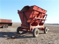 Gehl 9000HB 4 Wheel High Profile Forage Dump Wagon