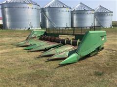 John Deere 853 8-Row Crop Header